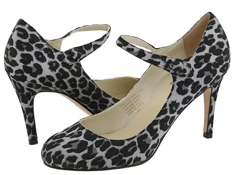 Type Z Womens SZ 8 Animal Print Shoes Strappy Pumps Heels Leopard Satin Leather