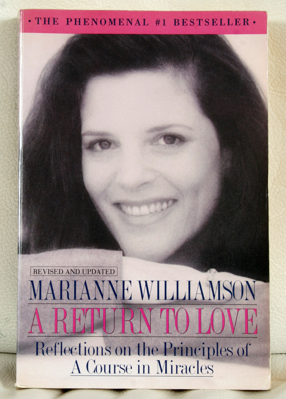 A Return to Love by Marianne Williamson