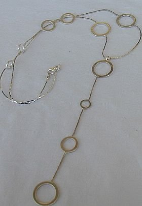 Empty rounds silver necklace