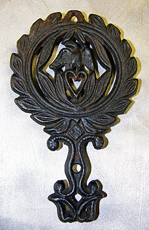 Eagle and  Heart Cast Iron Trivet Vintage Americana Kitchenware Collectible