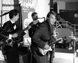 1965 Glen Campbell Performing on Stage Black & White 8 X 10 Photo Free S... - $9.99