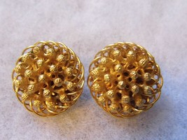 Vintage FLORENZA Marked Gold Tone Clip On Earrings Costume Fashion Jewelry - $14.66