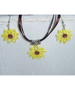 Paper Quill handcrafted Sunflower/ Lazy Susan Necklace and Earring Set - $24.99