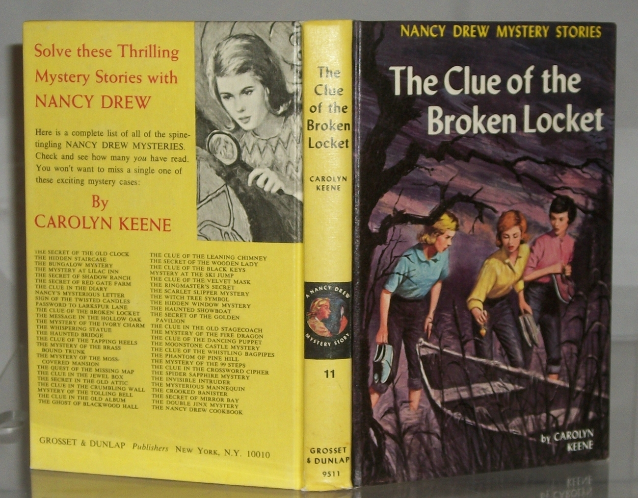 Nancy Drew #11 The Clue of the Broken Locket Vintage Yellow Picture Cover PC