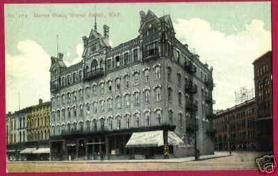 Grand Rapids MI Postcard Morton House Florsheim Shoe
