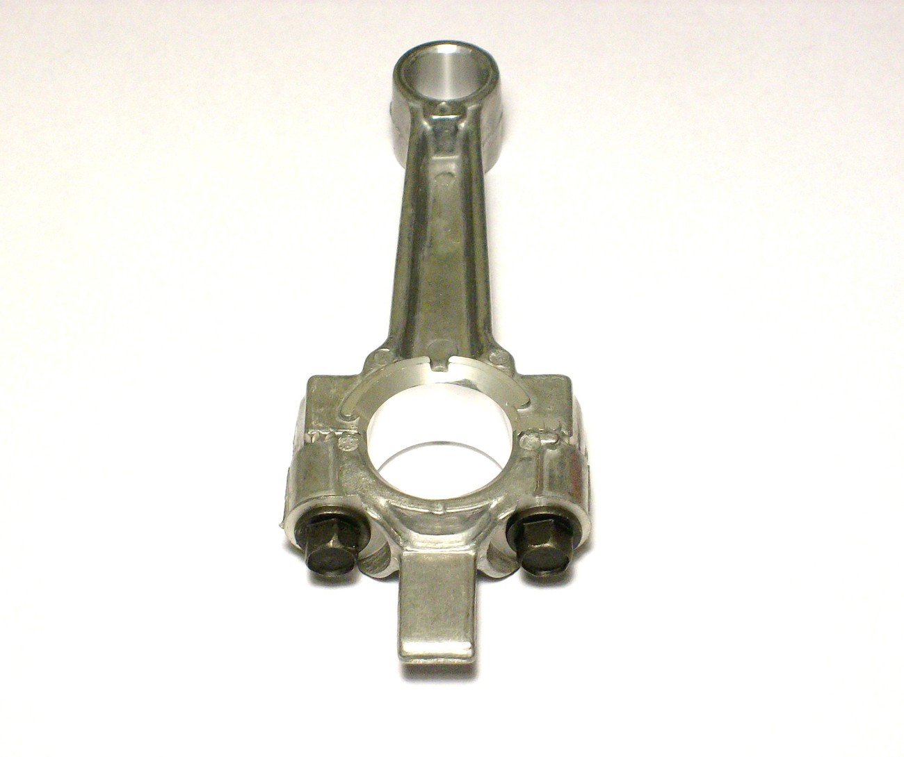 Connecting rod for Tecumseh and Troy Bilt V60, H60, TVM140, VH60, HH60, 31380C