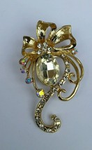 Stunning Gold Plated Flower Brooch Brooch Cake Pin with DIAMANTE XMAS Gift - $7.32