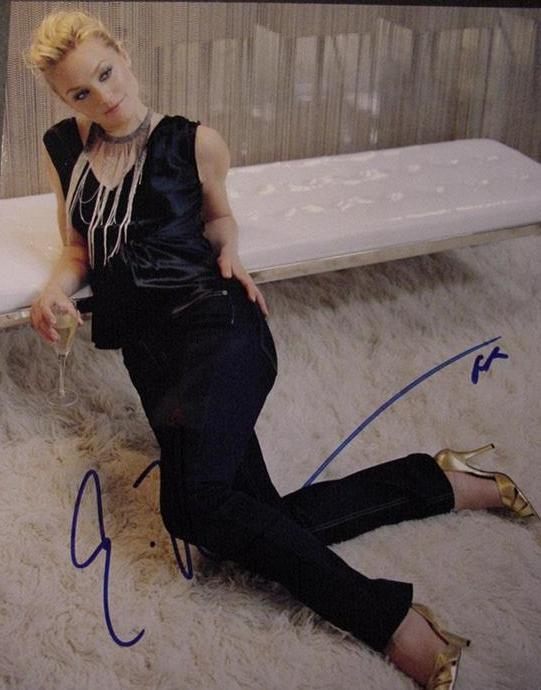 Elisabeth Rohm hand signed autographed photo sexy