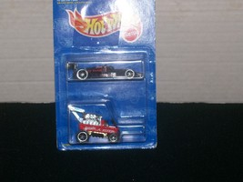 Hot Wheels 2-Car Pack  1:64 Scale  SL-001 - $20.00