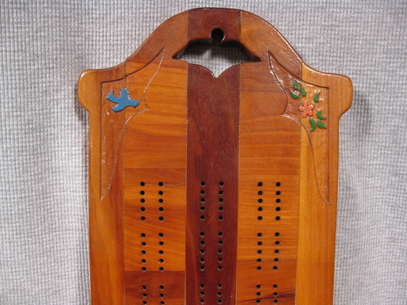 Handcrafted Inlaid Wood Cribbage Board with Pegs