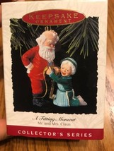Hallmark Collector 's Series A Fitting Moment Mr. & Mrs. Claus Ships N 24h - $24.23