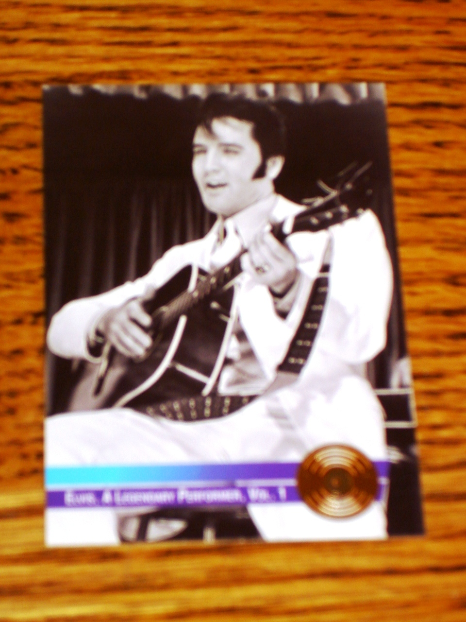 ELVIS A LEGENDARY PERFORMER VOL. 1 COLLECTIBLE GOLD CARD #11
