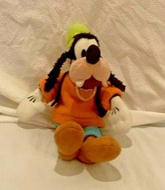 Disney World  Disneyland Goofy Stuffed Animal Plush Toy 15 Inches Tall - $9.49