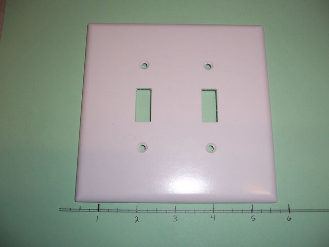 2 Gang Wall Plate 2 Toggle Switch White Plastic 2149W
