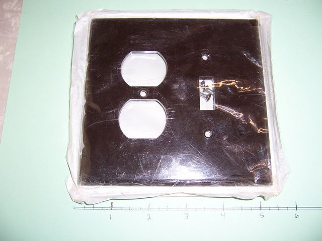 Oversize 2 Gang Wall Plate 1 Toggle Switch 1 Duplex Brown Plastic 85105 Lot of 3