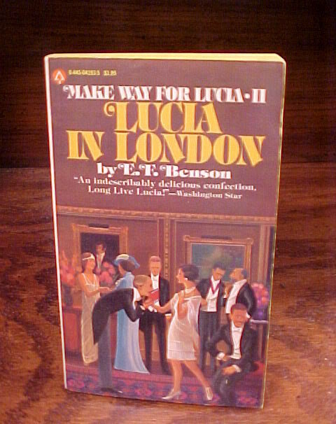 Queen Lucia, in London PB Books by E. F. Benson II, paperback