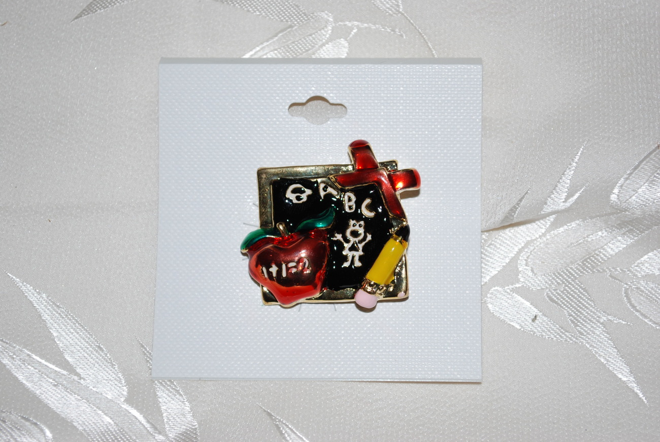 Great Brooch for your favorite Teacher or student