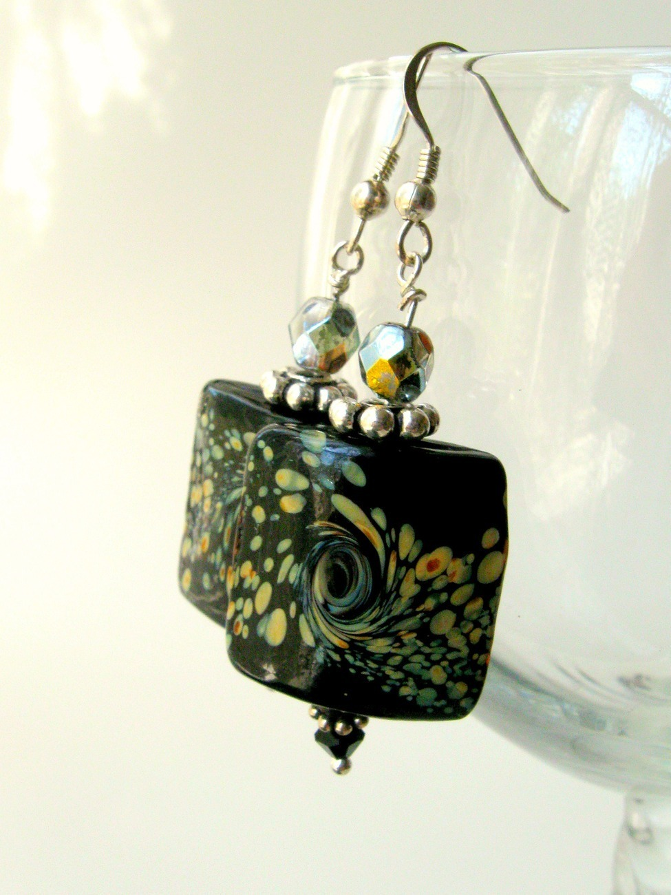 Black and brown glass earrings. Asian / Oriental. Nickel fre