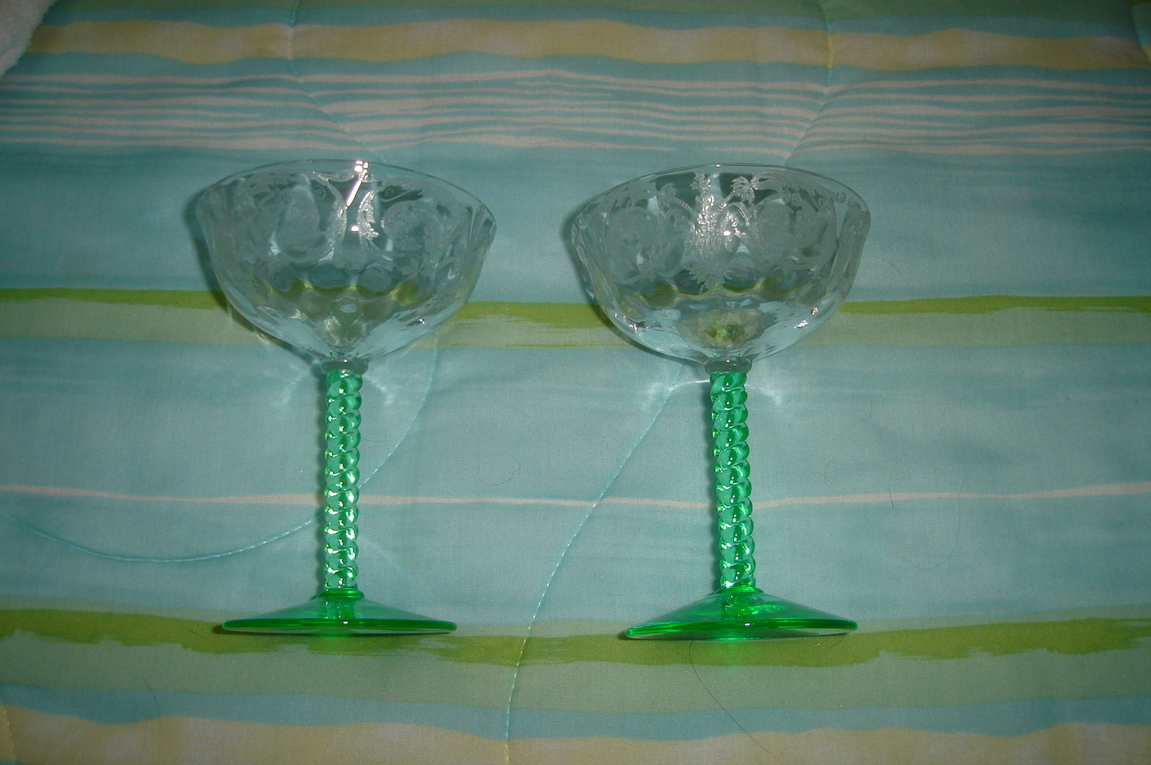 Elegant Glass - Wine Glasses