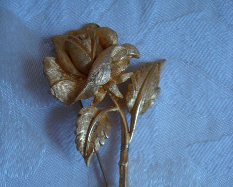 Vintage Long Stemmed Rose ~ Flower Pin ~ Brooch ~ Gold-tone ~ Charel