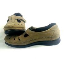 SAS womens shoes 6.5 Roamer Tan T Strap Mary Jane Flats Comfort  Walking Tripad - $18.49