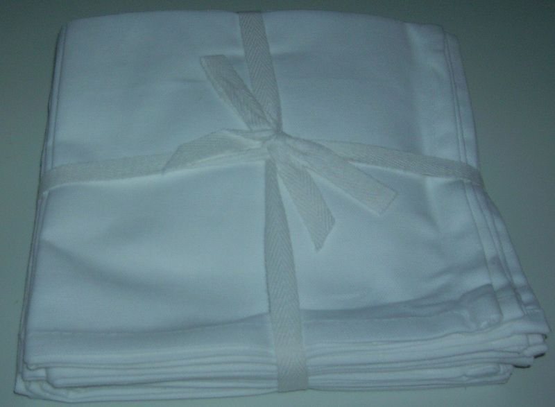 "NEW 100% QUALITY COTTON NAPKINS SET OF 8 WHITE  16""X16"""