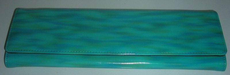 NEW IN FASHION OBLONG CLUTCH WALLET WASED TURQUOISE