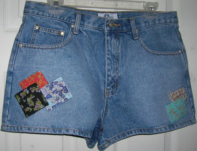 NEW LADIES DENIM SHORTS JUNIOR SIZE 11