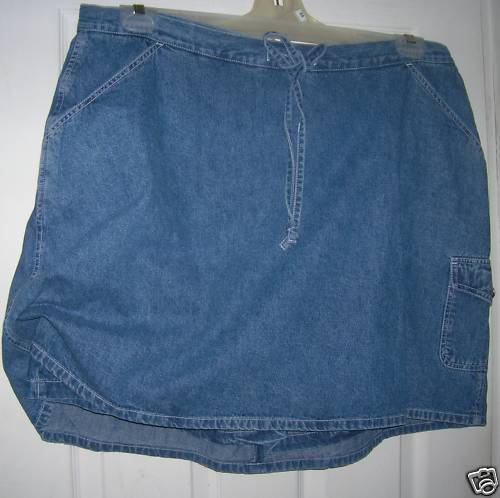 NEW WITH TAGS DENIM CARGO SKORT SIZE:20W FREE SHIPPING