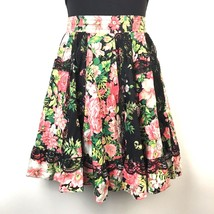 VTG Square Up Fashions Womens Floral Paneled Lace Trim Circle Skirt - $21.03