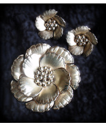Vintage Coro Gold Flower Brooch and Earrings Se... - $34.99