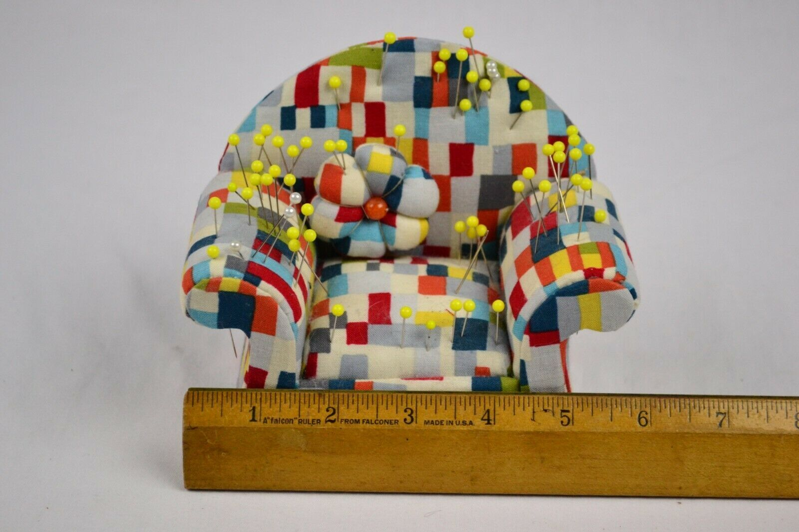Couch Pin Cushion With Pins, Cute image 4