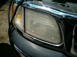 Passenger Headlight Heritage Fits 97-04 FORD F150 PICKUP 3072721 - $110.73