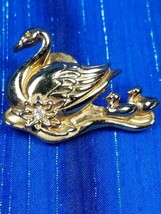 Avon PRECIOUS LOVE Swan with Cygnets Pin Gold Tone Rhinestone Collectibl... - $4.95