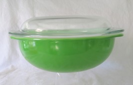 Pyrex, Kelly Green, 024 with Lid, 2 Quart - $34.00