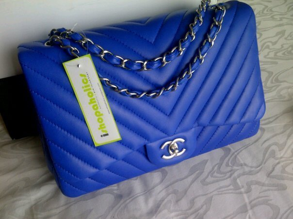 Primary image for (NEW) CHANEL BLUE ROI/ COBALT BLUE CHEVRON JUMBO FLAP BAG