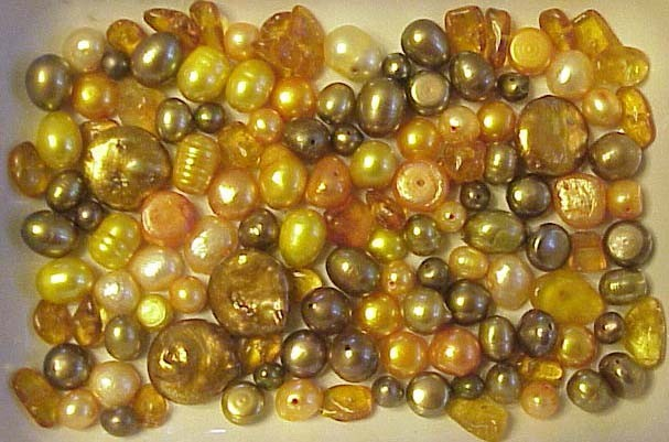 BRONZE ORANGE FW PEARLS  and GENUINE  BALTIC AMBER CHIPS  BEAD MIX