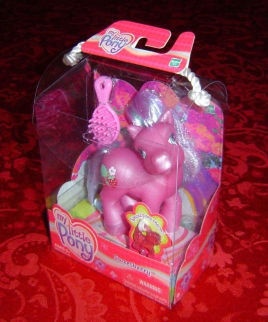 My Little Pony Sweetberry with charm diva pose 2002 Hasbro