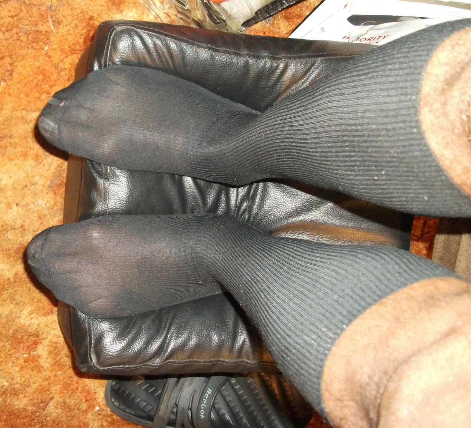 Used Mens Sheer Socks 1 x 1 Ribbed Glossy Nylon, 10-13, OTC - C334