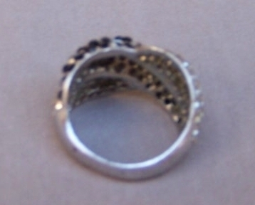 Ring  Crystals  Black  Clear  Italy   6.50   New