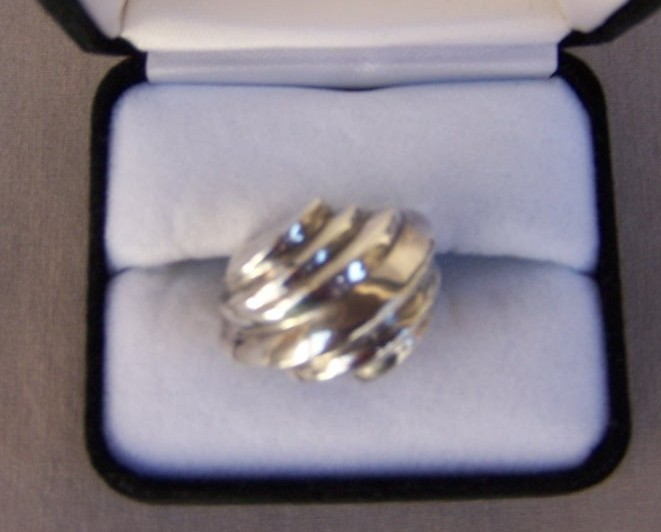 Ring  Sterling Silver  Size 6.75   New