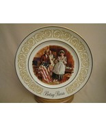 BETSY ROSS  Collector Plate AVON Stars and Stripes FLAG - $2.99