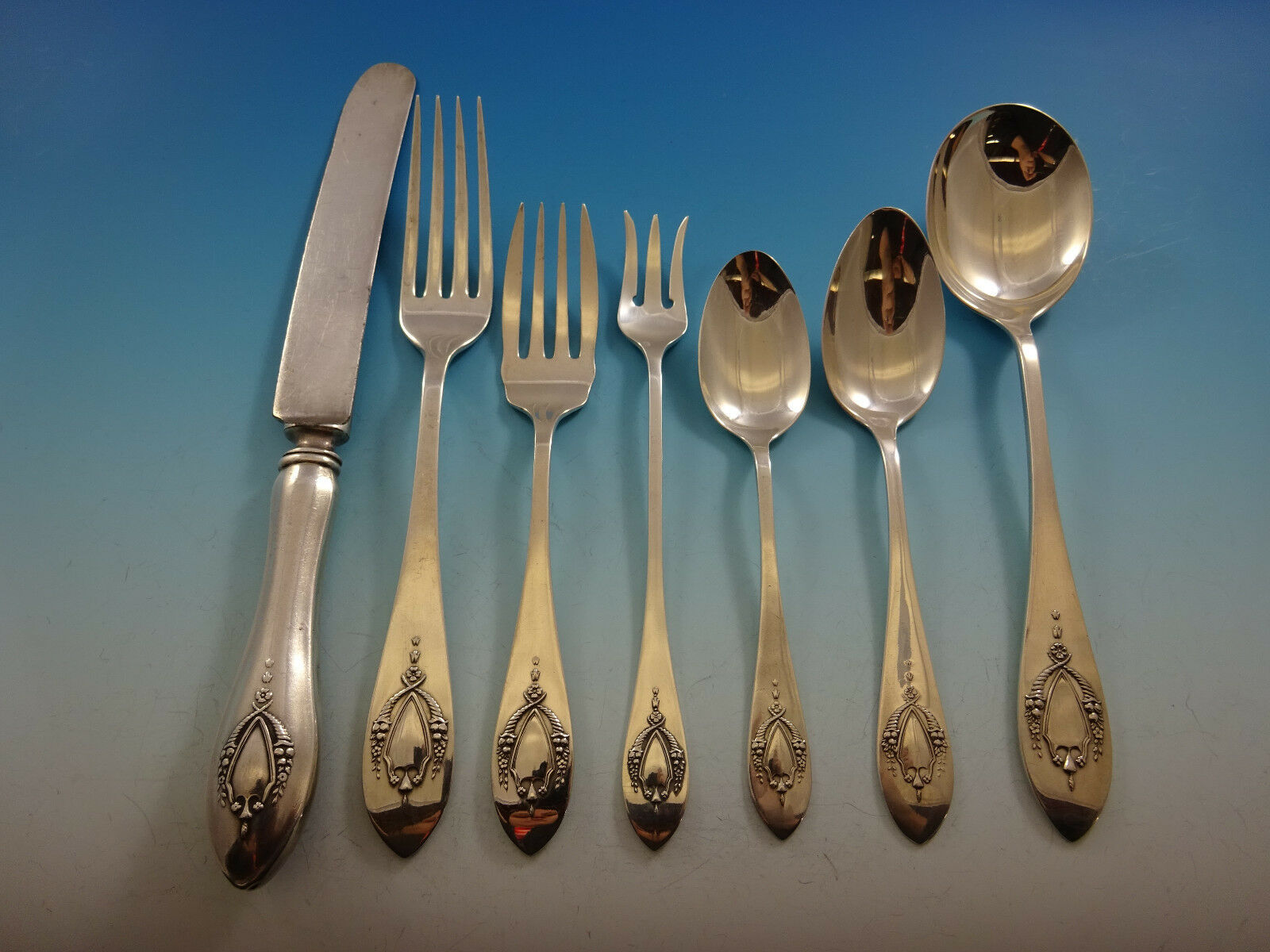 Primary image for Mount Vernon by Lunt Sterling Silver Flatware Set For 8 Service 56 Pieces