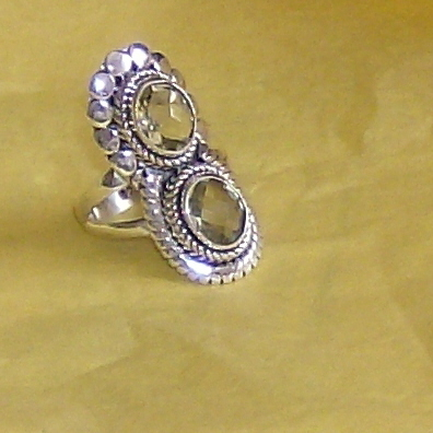 gorgeous genuine irish topaz in sterling silver sz 7 ring