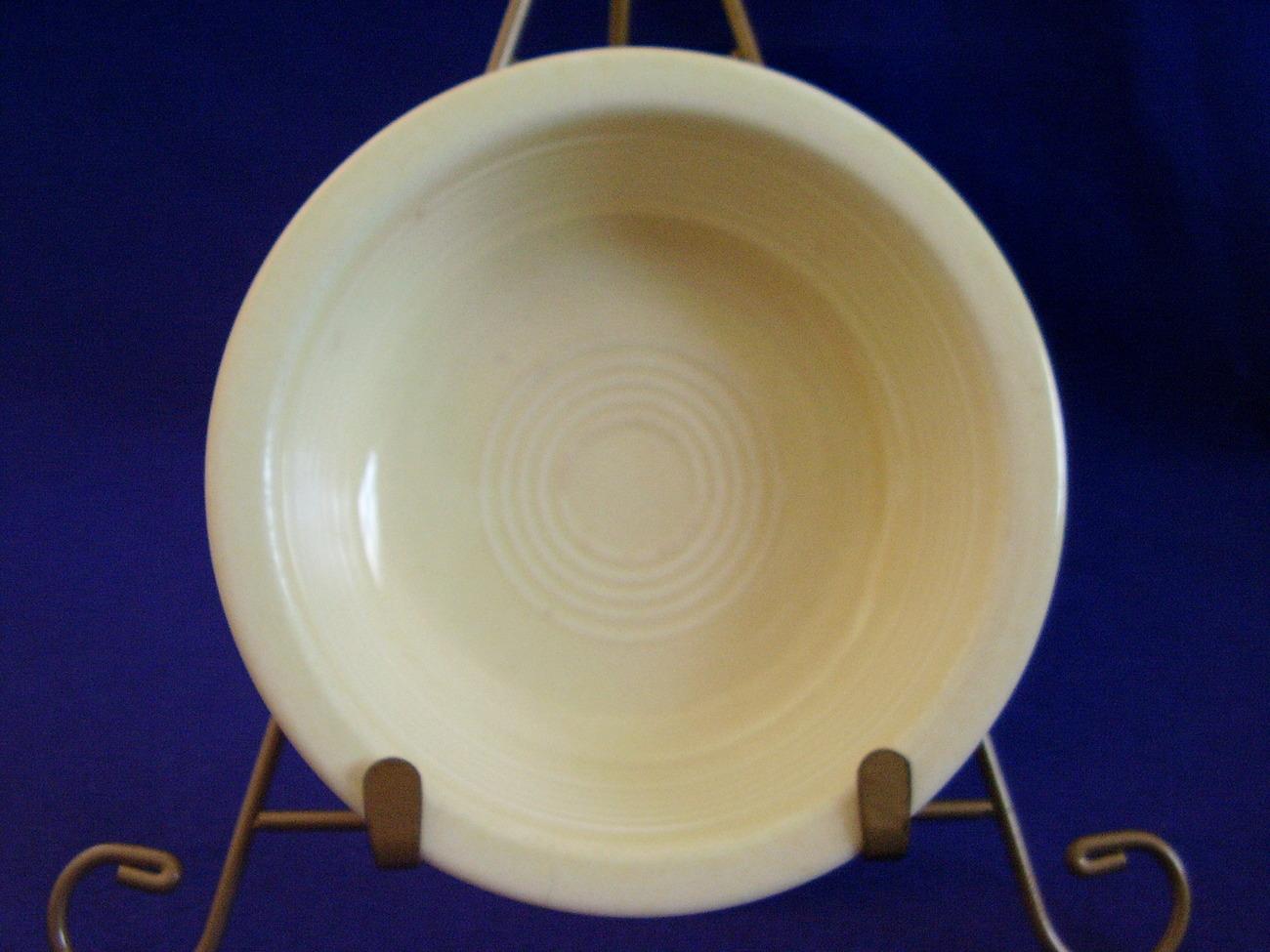 Vintage Fiestaware Ivory Fruit Bowl Dish Fiesta