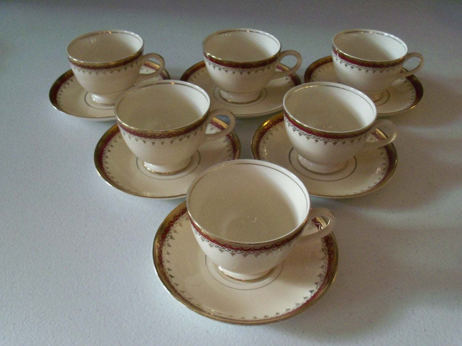 Homer Laughlin Pattern HLC3917 Six Cup & Saucer Sets