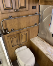 2018 Airstream Classic 33FB Twin For Sale in Weldon Spring, Missouri 63304 image 10