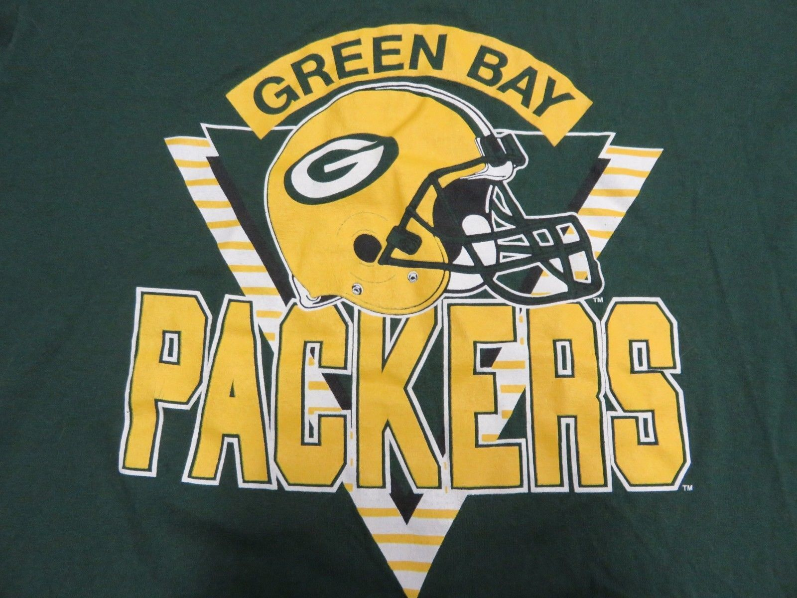 Retro NFL TRENCH Green Bay Packers Green Graphic T-Shirt Men's Size XL (46-48)