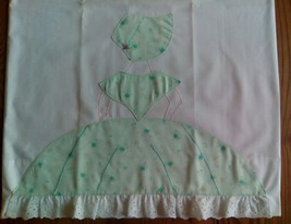 2 VINTAGE PILLOWCASES - APPLIQUED & EMBROIDERED - SOUTHERN BELLE - $9.89