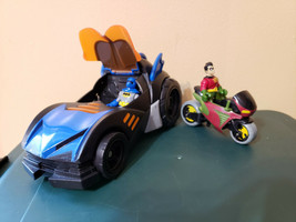 Fisher Price Imaginext DC Super Friends Batman Batmobile (WORKS) w/ Robi... - $34.99
